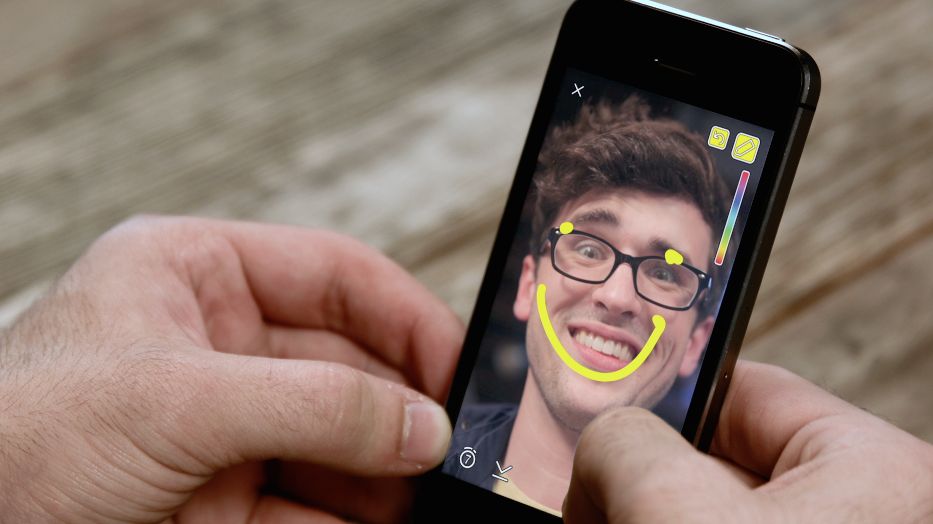 Social Shorts: Facebook Messenger updates, more AR effects in Snap Lens Studio, new CMO hires