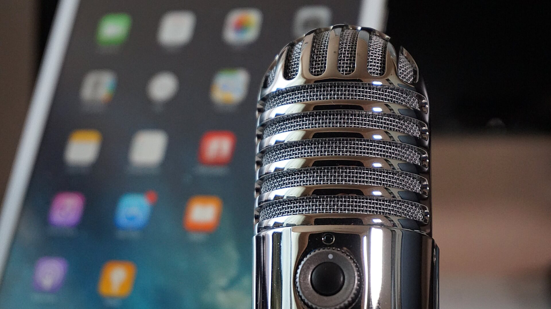Podcast listening growth continues: Mobile app usage up 60% since January 2018, study finds