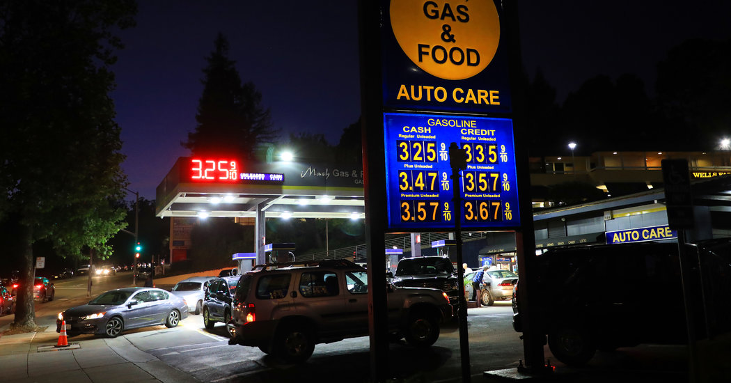 An Oil Price Surge Could Hurt Consumer Spending, and the Economy