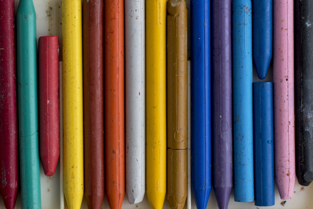 Best Artists' Crayons for Drawings and Mixed Media Works – ARTnews.com