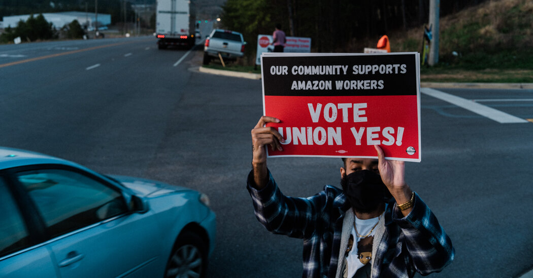 Amazon Labor Fight: Wages May Not Ward Off Union