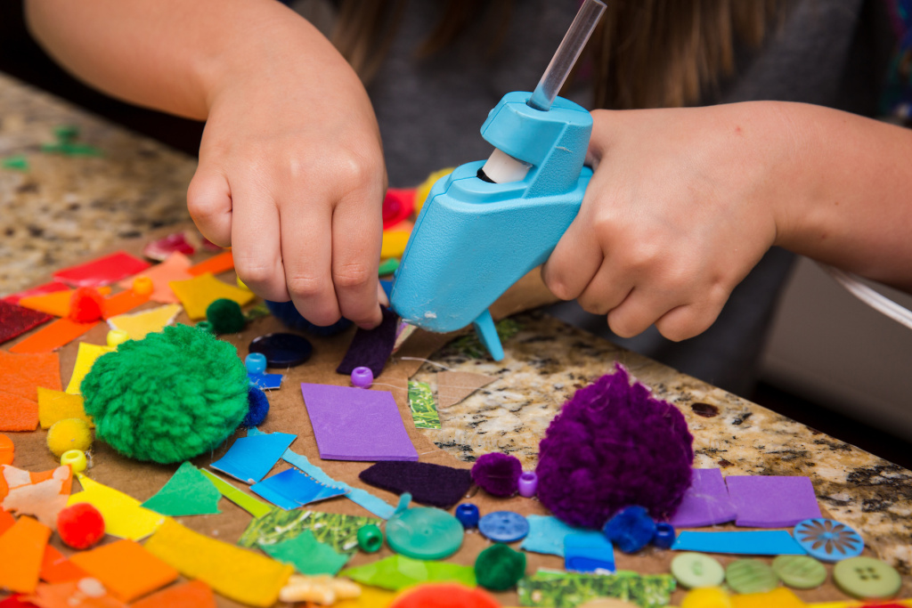 The Best Craft Kits and Art Boxes for Kids – ARTnews.com