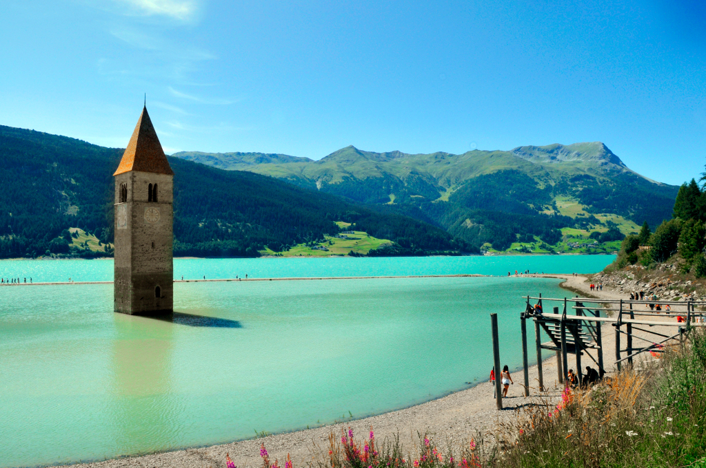 Lost Italian Village Curon Emerges from Drained Lake – ARTnews.com