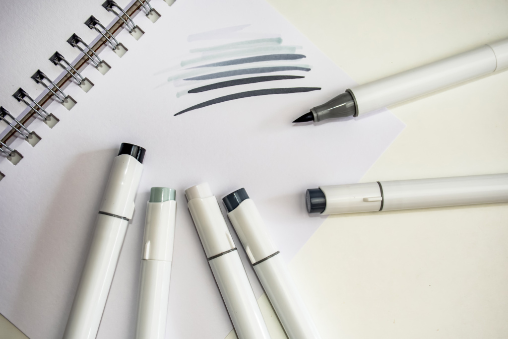 The Best Brush Pen and Dual-Tip Brush Pen Sets with Gray Inks – ARTnews.com