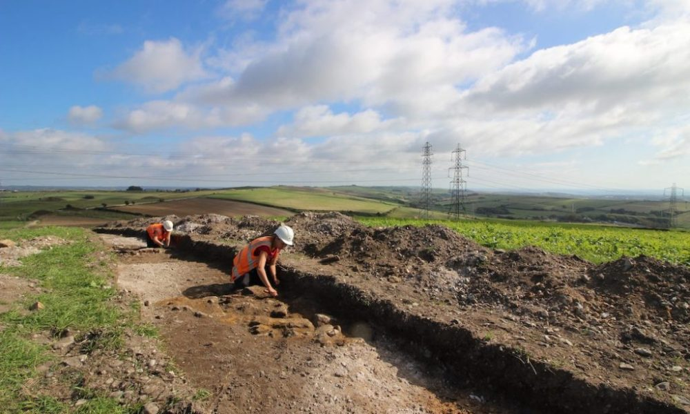 Electric Company Finds Thousands of Millennia-Old Objects in England – ARTnews.com