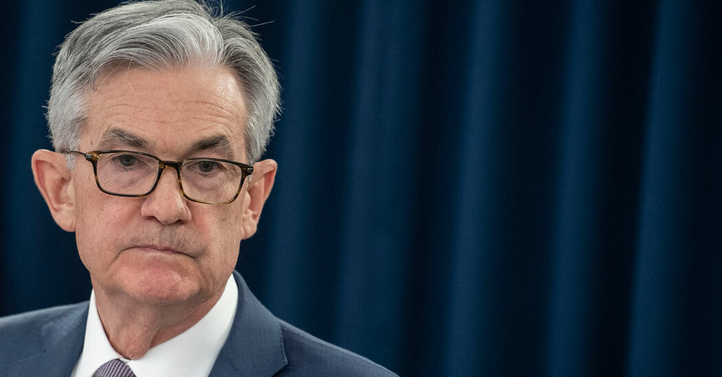 The Economic Gauges Are Going Nuts. Jerome Powell Is Taking a Longer View.