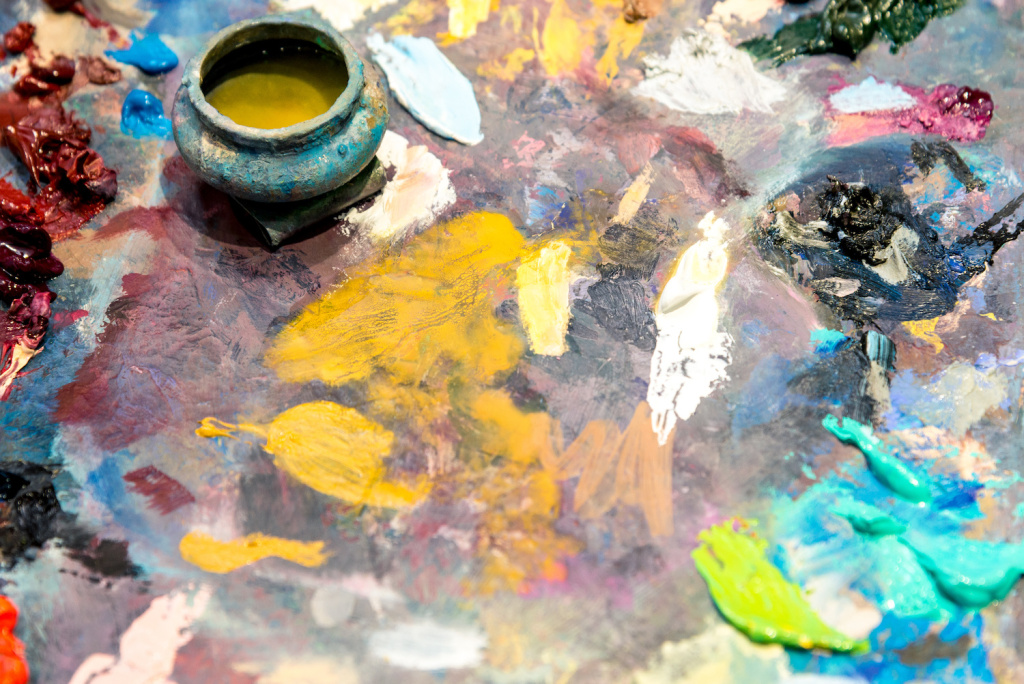The Best Stand Oils for Oil Painting – ARTnews.com